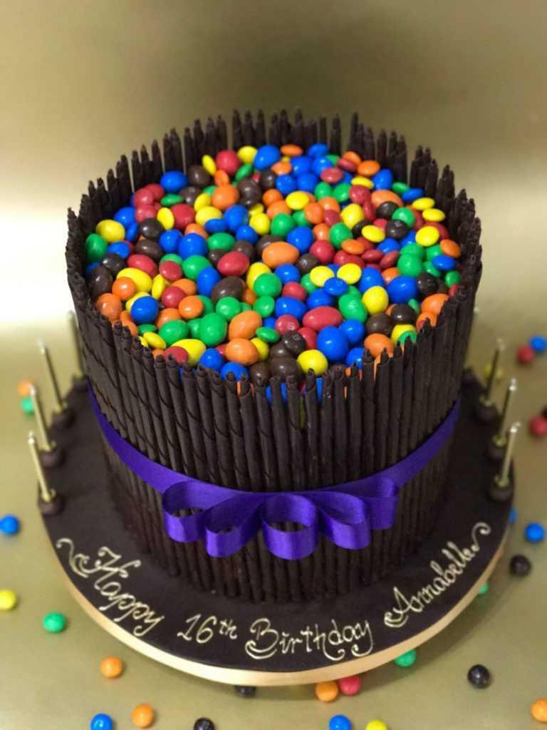 celebration cakes 5